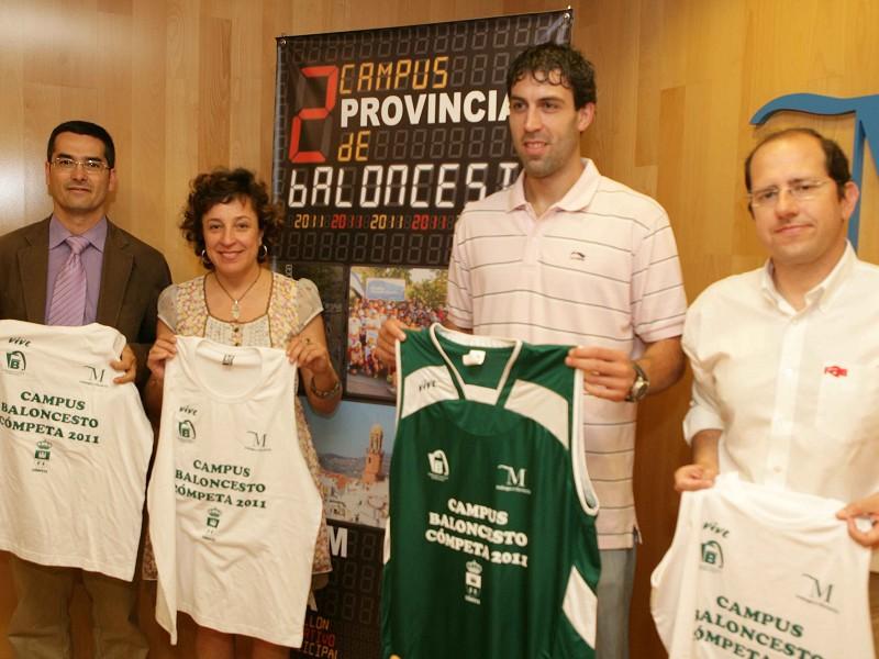 Presentación del II Campus Provincial de Baloncesto de Cómpeta